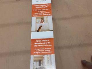 EasyBaby Products Indoor Outdoor Retractable Baby Gate  33  Tall