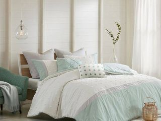 Ivory Kiera Comforter Set  Full Queen