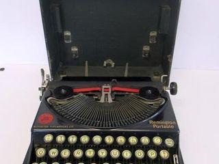 Remington Portable Typewriter c 1925