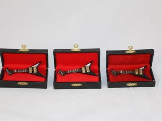 3 Miniature Guitars