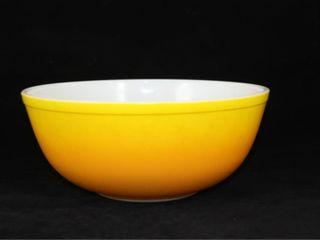 Pyrex Yellow 4 Quart Bowl