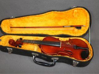 Vintage Suzuki Violin Co  1974