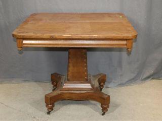 Pedestal Parlor Table