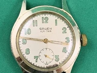 WWII Gruen Veri thin Military Wristwatch