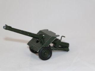 Vintage Britains lead Toy Soldiers Field
