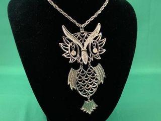 Reticulated Pierced Owl Necklace w Rhinestone