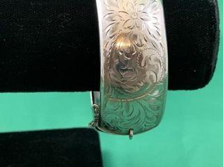 Vintage Birks Sterling Silver Wide Hinged Chased