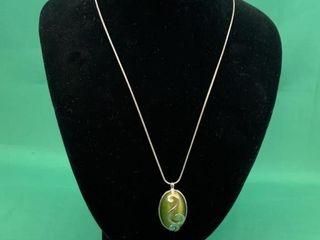 Silver Tone Green Cabochon Pendant   Necklace