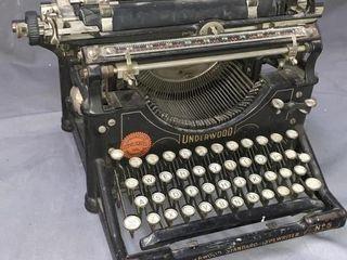 Underwood Standard No 5 Typewriter