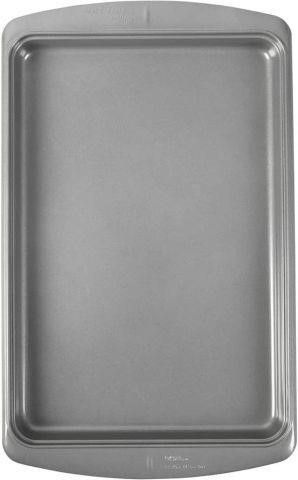 17 25 X 11 5 INCHES  WIlTON EVER GlIDE COOKIE PAN