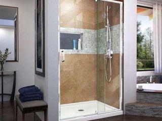 DREMlINE FlEX PIVOT HINGED ClEAR DOOR SHOWER 72 x