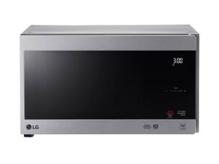 lG 0 9 cu ft Countertop Microwave Smart Inverter Stainless   lMC0975ST