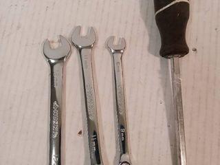 HUSKY 3 Pcs Wrench Set   HUSKY Screwdriver