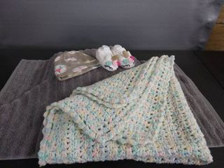 New Crocheted Baby Blanket  Unicorn Shoes   Hat