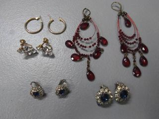 Earrings lot of 5