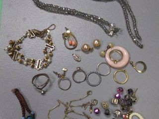 TlC lot of Jewelry Including Rings