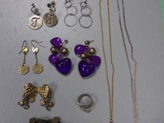 Jewelry lot of 11