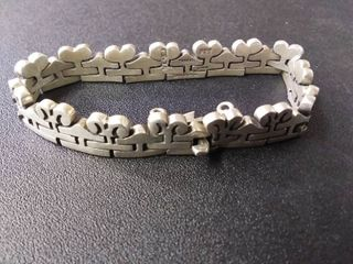 Very Nice Heavy Sterling Silver Bracelet