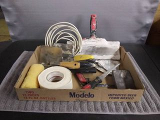 Tool lot   11   Assorted Tools for Caulking   Painting