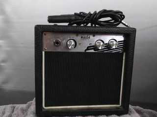 First Act MA104 Guitar Amplifer