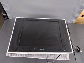 Sylvania TV with Wall Mount   GE Digital Antenna