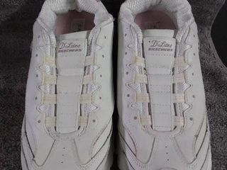 Skechers Size 10 Barely Used Sneakers
