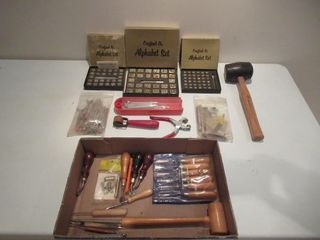 lot of Crafting Tools   lot d outils d artisanat