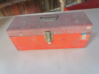 MASTERCRAFT TOOl BOX AND CONTENTS