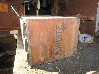 DYNAMITE BOX W DRAWERS
