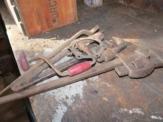 PIPE WRENCHES  SPADE   BRACE WRENCH