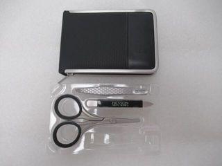 As Is  4Pc Revlon Men s Series Grooming Kit