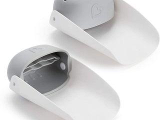 Munchkin Faucet Extender 2 Piece Set  Grey
