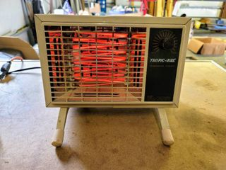 Vintage Tropic Aire Instant Heat Space Heater