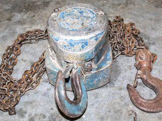 Handyblock Hand Chain Hoist   2 Jack Stands