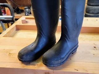 Black Waterproof Rubber Boots Size 6