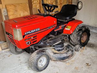 HUSKEE 12 5 HP lawn Tractor Mower 42 inch Cut