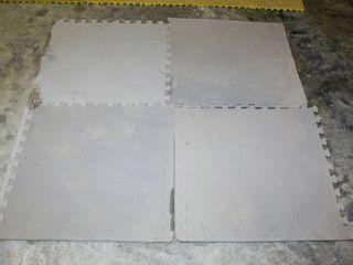 4  Foam Flooring Interlocking Pieces 49  x 49  Squared