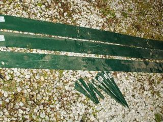 3  8  Green Steel landscape Edging with 10 Stakes