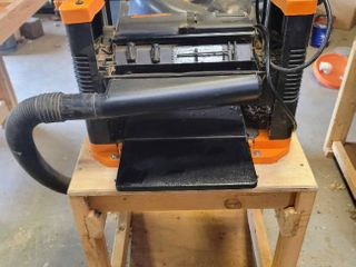 WEN 12 5 in  Benchtop Thickness Planer Model 6550 with Sawdust Collection System