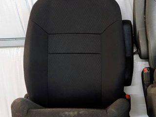 Black Manual Vehicle Seat   appears unused
