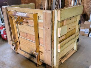 King Kutter 3 Point Pallet Mover with Cargo Wood Box included
