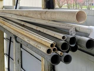 lot of long PVC Pipes   longest Pipe is 119 in