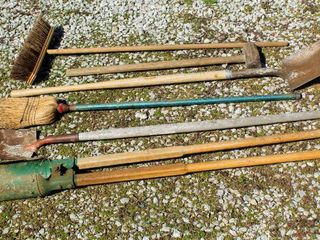 6  Piece Outdoor Tools lot  Sledge Hammer  Hole Post Digger  Bulldozer Shop Broom  Tempered Union Shovels and Broom