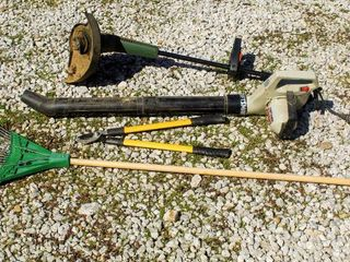 4  Piece Outdoor Tools lot  Electric Craftsmand leaf Blower  Electric Groom N Edge Plus Weedeater  Yardworks Cutter  and Rake