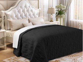 Microfiber Embroidered King Quilt Black