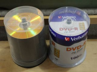 lot of 2 DVD R Packs   Verbatim  Maxell 100 Disks   One New   7 5 x5