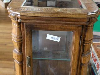 Vintage Wood Display Case   22 x19 x19      lOCAl PICKUP ONlY
