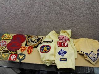 lot of 17 Patches and Memorabilia   BSOA  Ft  Hays  Sports  and Military   Various