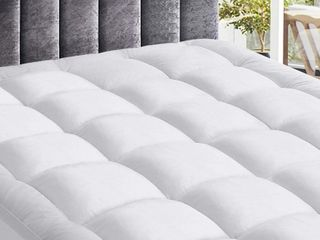 Harkawon Quilted Mattress Cover Full  Retail  89 90