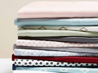 Better Homes   Gardens 100  Cotton Wrinkle Resistant Solid Color Pillowcases  King Size   Set of 1 Pair